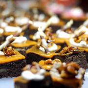 brownie_with_walnuts