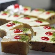cake_with_pistachio